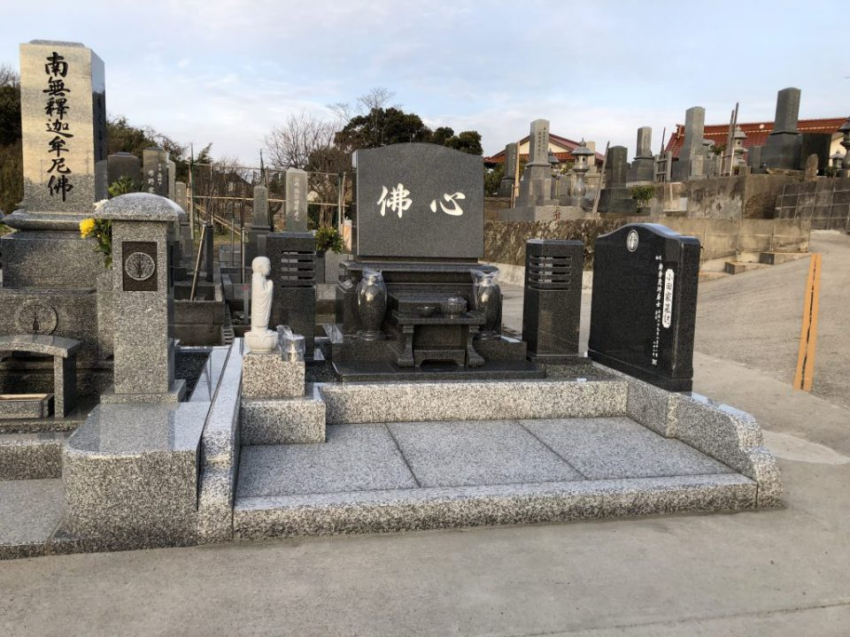 出雲市で洋墓を建てさせて頂きました。